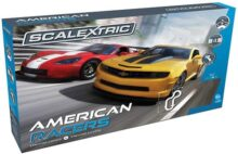 Scalextric American Racers 1:32 Slot Car Race Track C1364T Playset 1:32 Juego de Carreras