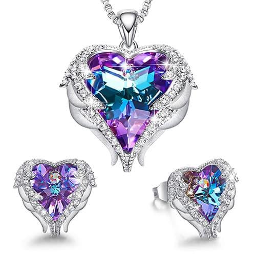 CDE - Juego de Collar y Arete de corazón con alas de ángel para el día de San Valentín Adornado con Cristales de Swarovski Chapado en Oro Blanco de 18 K para Mujer