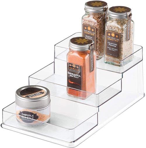 InterDesign Linus Organizador de armarios de cocina, baldas para cocina de plástico medianas, estantes para armarios con 3 alturas, transparente