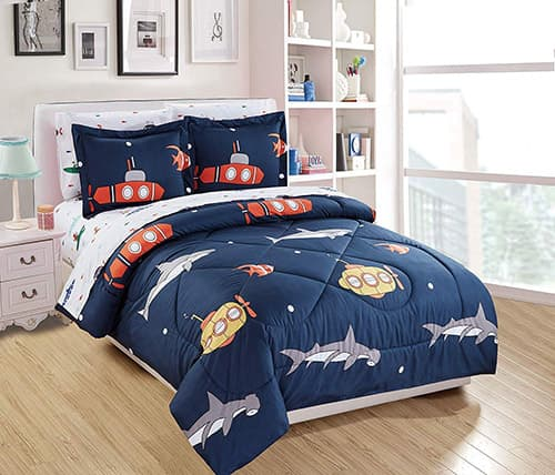 Elegant Home - Juego de Ropa de Cama de 7 Piezas, diseño de Tiburones de la Vida Marina, para niños y niños, en una Bolsa con Juego de sábanas # Submarino, Doble