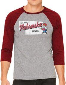Original Retro Brand NCAA Mississippi Ole Miss Rebels Playera de béisbol 3/4 para Hombre