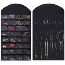 JSBelle Organizador de la joyería que cuelga, Estuche de exhibición de doble cara con 32 bolsillos 18 Gancho para aretes Collar Pulsera Anillo (No incluye suspensión) (Negro)