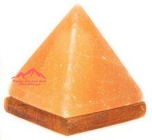 Lampara De Sal Del Himalaya Piramide 17 cm De Alto